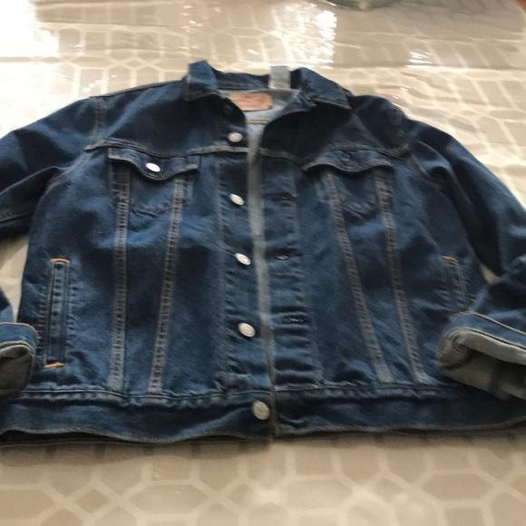 Levi's Other - Levi denim jacket XL